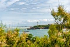 Ansicht des Leuchtturmes von Biarritz-Stadt, Frankreich stockfotografie