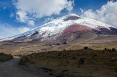 Ansicht des majestätischen Cotopaxi-Vulkans Stockfoto