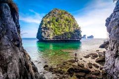 Ansicht des Maya-Schachtes, Phi-Phiinsel, Thailand Stockfotografie