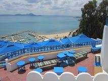 Ansicht des Meeres vom Höhepunkt in Sidi-` s Stadt - абу - sagte herein Stockfotos