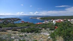 Ansicht des Novaljia-Dorfs in PAG-Insel Lizenzfreies Stockfoto