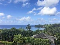 Ansicht des Ozeans an Anini-Strand an einem vollen Tag stockfoto