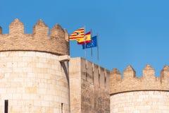 Ansicht des Palastes Aljaferia, aufgebaut im 11. Jahrhundert in Saragossa, Spanien Nahaufnahme Kopieren Sie Raum für Text Stockbilder