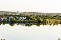 Ansicht des Peschanoe Sees in Ukraine lizenzfreie stockbilder