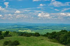 Ansicht des Piemont-Tales stockbilder