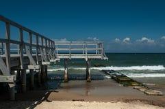 Ansicht des Piers und des Meeres Stockbilder