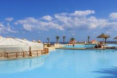 Ansicht des Pools im Hotel Stockfoto