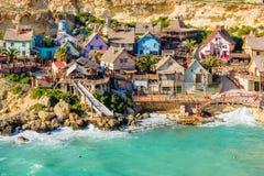 Ansicht des Popeye-Dorfs, Malta Stockfotos