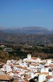 Weißes Dorf, Iznate, Andalusien, Spanien. Stockbilder