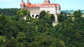 Ansicht des Schlosses Zamek Ksiaz stock video footage
