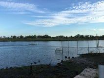 Ansicht des Shell Bank Creek On Gerritsen-Strandes Stockfotografie