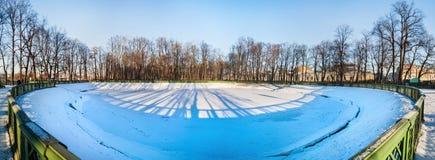 Ansicht des Sommergartens im Winter in St Petersburg, Russland Stockfoto