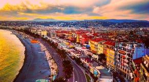Ansicht des Sonnenuntergangs in Meer von Mittelmeer, Bucht von Engeln, Taubenschlag d ` Azur, französisches Riviera, Nizza, Frank Lizenzfreies Stockfoto