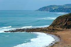 Ansicht des Strandes Azkorri oder Gorrondatxe stockbilder