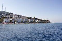 Ansicht des Strandes in Kinaliada Lizenzfreies Stockbild