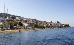 Ansicht des Strandes in Kinaliada Stockfotografie