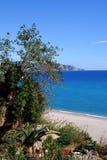 Ansicht des Strandes, Nerja, Andalusien, Spanien. Stockfotografie