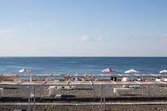 Ansicht des Strandes in Sochi, Russland Lizenzfreies Stockfoto