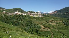 Ansicht des Tales in Nord-Italien stockfotos