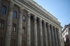 Ansicht des Tempels von Hadrian lizenzfreie stockfotos
