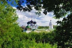 Ansicht des Uspensky Trifonov Klosters, Kirov Stockfotografie