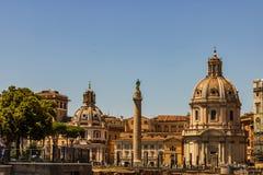 Ansicht des Venedig-Quadrat-Marktplatzes Venezia Marktplatz Venezia ist im Herzen von Rom, umgeben durch einige Marksteine, einsc stockbild