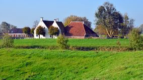 Ansicht des Waarhuis in Aduarderzijl lizenzfreie stockfotos