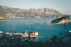 Ansicht, die Budva, Montenegro übersieht stockfoto