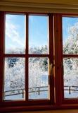 Ansicht durch ein Fenster Stockfotografie