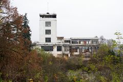 Ansicht einer Ruine von ein Barrandov-Terrassen Stockfoto