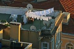Ansicht eines alten Gebäudedachs Stockbild
