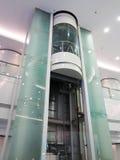 Aufzug im Gebäude Stockbild
