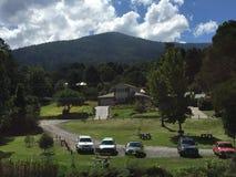 Ansicht eines Hügels Lizenzfreie Stockbilder