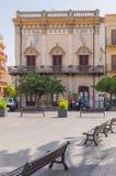Ansicht eines Hauses mit alter Architektur auf dem Duomoquadrat in Ter stockbild