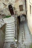Ansicht eines steilen Treppenhauses in der Stadt von Perugia Lizenzfreie Stockbilder