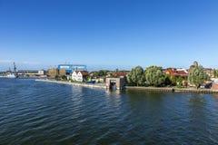 Ansicht in Fluss Peene zum Werftbereich in Wolgast Stockfoto