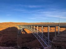 Ansicht Glen Canyon Bridges lizenzfreie stockfotografie