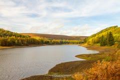 Ansicht herauf das derwent Tal im Herbst lizenzfreie stockfotos