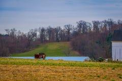 Ansicht im Freien des Landes des typischen amischen Bauernhofes in Lancaster County Lizenzfreies Stockfoto