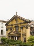 Ansicht im Freien von Santa Maria Podone-Kirche in Mailand Stockbild