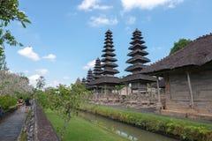 Ansicht innerhalb Pura Taman Ayuns in Bali, Indonesien lizenzfreie stockbilder