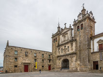Ansicht am Kathedralen- und Klostergebäude in Viseu - Portugal Lizenzfreie Stockbilder