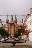 Ansicht an Kirche St. Pauls in Schwerin, Deutschland am bewölkten Tag stockbilder