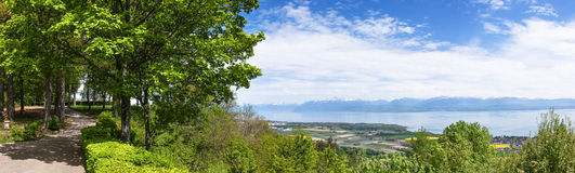 Ansicht Leman Lakes von Park Signal de Bougy Lizenzfreies Stockfoto