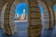 Ansicht Liberty Squares, der Mary Churchs und der Altbauten Novi Lizenzfreies Stockfoto