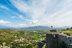 Ansicht nahe Shkodar-Stadt von Rozafa-Schloss, Albanien Stockbilder