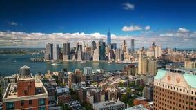 Ansicht New York Manhattan von Brooklyn-Dachspitze Tag Timelapse stock footage