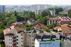 Ansicht in Richtung zu den Wohngebäuden Stockbild