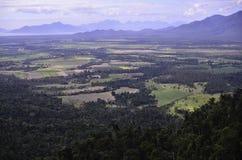 Ansicht in Richtung zu Hinchenbrook-Insel Stockbilder