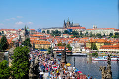 Ansicht in Richtung zur alten Stadt Prag - Tschechische Republik Lizenzfreies Stockbild